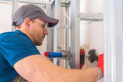 Ubicación y Reparación de filtraciones de Agua